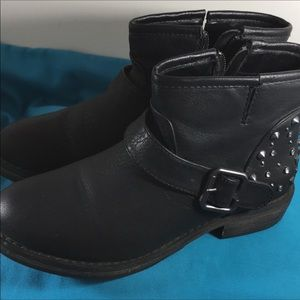SKECHERS ANKLE BOOT BLACK SIZE 7